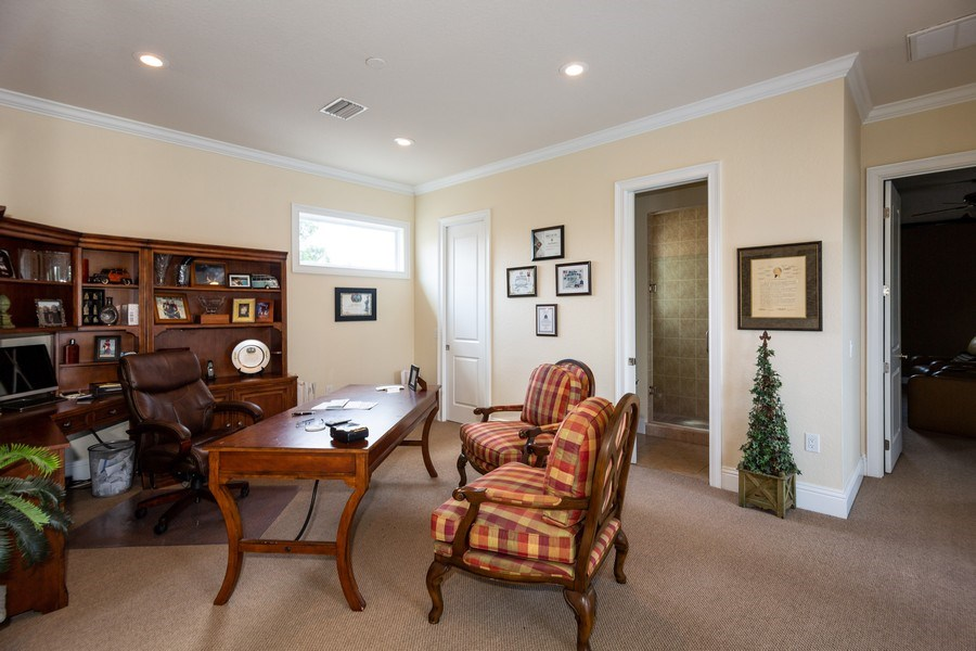 Real Estate Photography - 11441 Hammock Oaks, Lithia, FL, 33547 - Bonus Room
