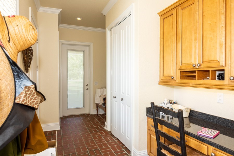 Real Estate Photography - 11441 Hammock Oaks, Lithia, FL, 33547 - Mudroom