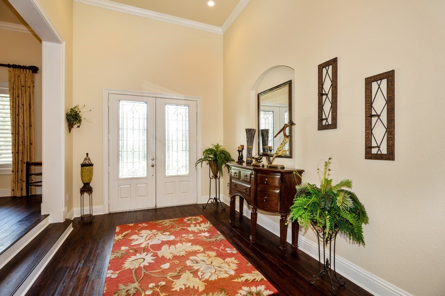 Real Estate Photography - 11441 Hammock Oaks, Lithia, FL, 33547 - Foyer