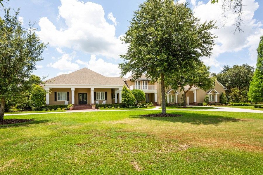 Real Estate Photography - 11441 Hammock Oaks, Lithia, FL, 33547 - Front View