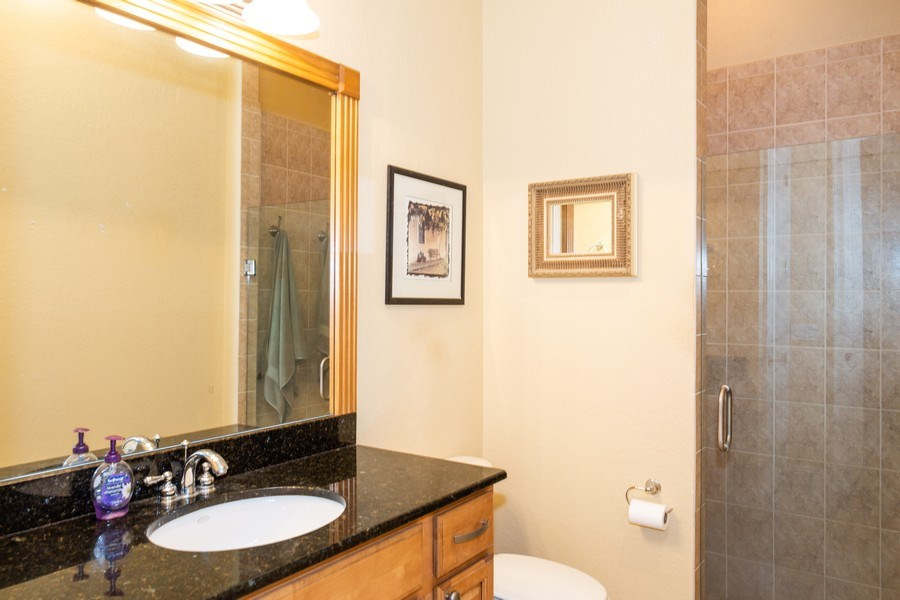 Real Estate Photography - 11441 Hammock Oaks, Lithia, FL, 33547 - Bathroom