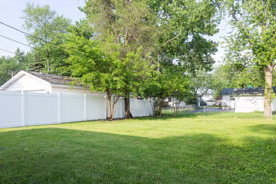 Real Estate Photography - 812 Pearson St, Joliet, IL, 60435 - Back Yard
