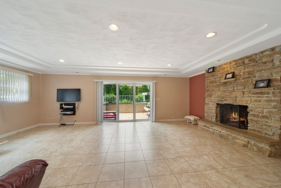 Real Estate Photography - 318 N. Western Ave., Park Ridge, IL, 60068 - Family Room