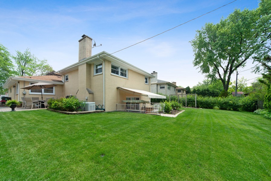 Real Estate Photography - 318 N. Western Ave., Park Ridge, IL, 60068 - Rear View
