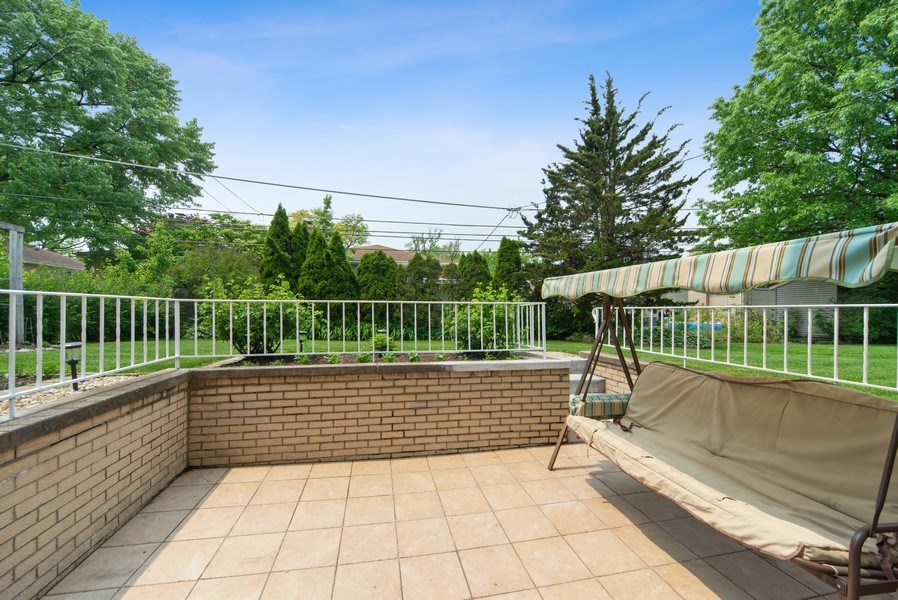 Real Estate Photography - 318 N. Western Ave., Park Ridge, IL, 60068 - Rear Patio