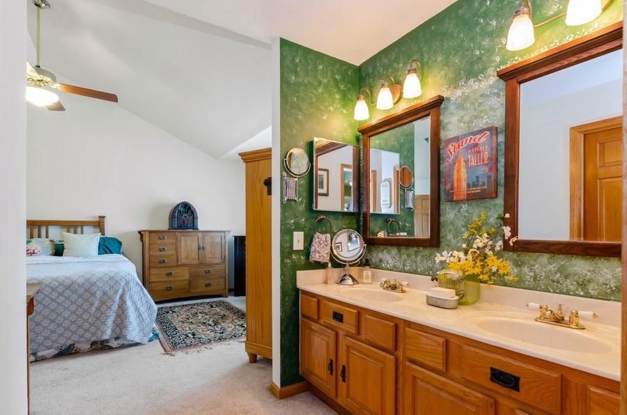 Real Estate Photography - 1710 Cambria, Algonquin, IL, 60102 - Master Bathroom