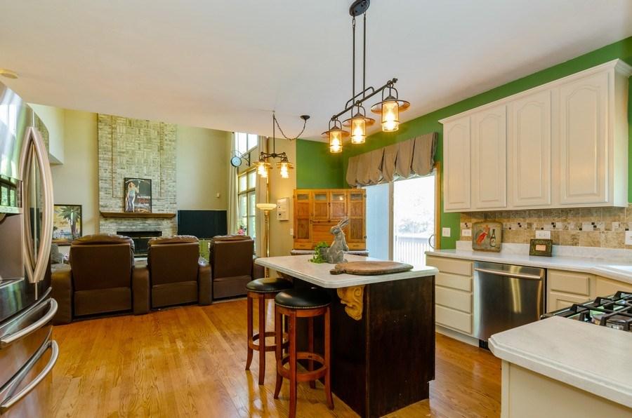 Real Estate Photography - 1710 Cambria, Algonquin, IL, 60102 - Kitchen