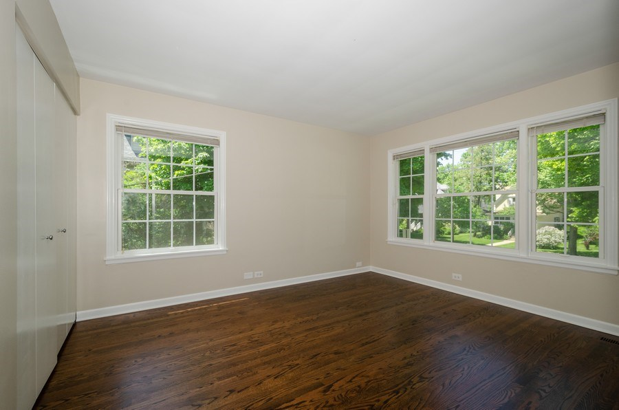 Real Estate Photography - 1109 Lake Ave, Wilmette, IL, 60091 - Bedroom