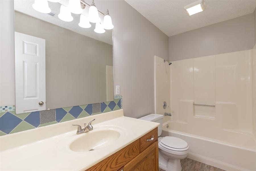 Real Estate Photography - 728 GILLESPIE DR, MANHATTAN, KS, 66502 -