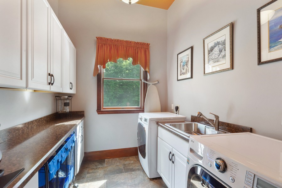 Real Estate Photography - 20 Autumn Ln, Bolton, MA, 01740 - Laundry Room