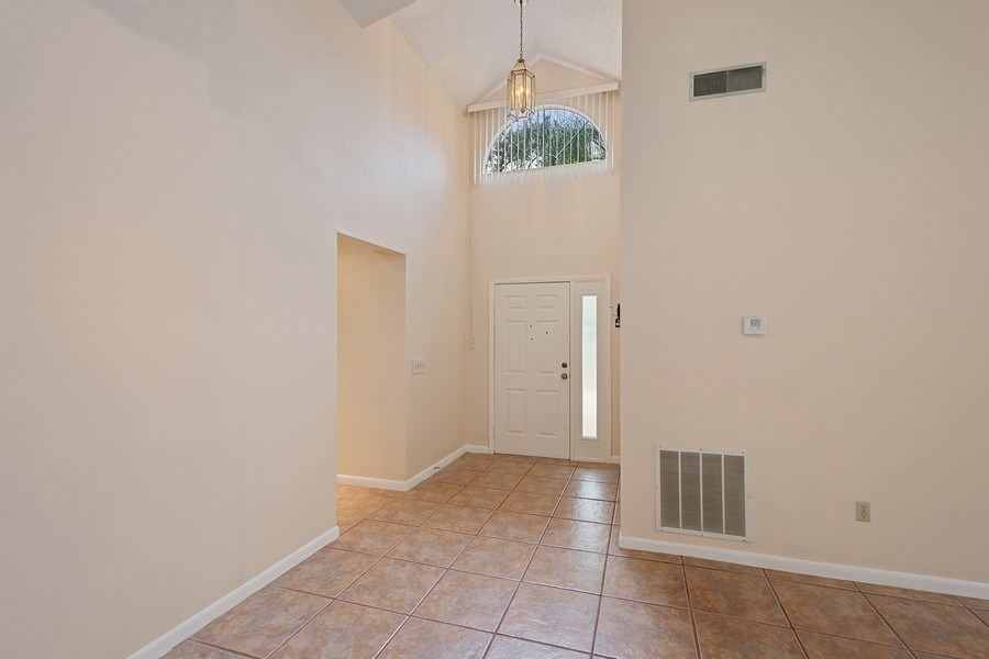 Real Estate Photography - 1908 Sandstone Place, Clearwater, FL, 33760 - Foyer