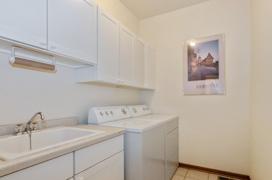 Real Estate Photography - 17801 Springbrook Circle, Union, IL, 60180 - Laundry Room
