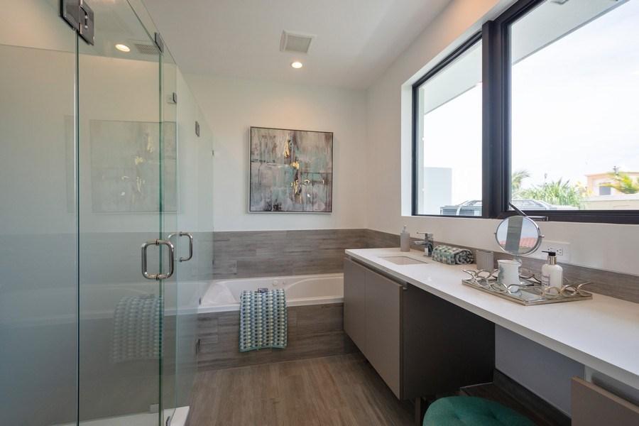 Real Estate Photography - 722 NE 15th Ave #1, Fort Lauderdale, FL, 33304 - Master Bathroom