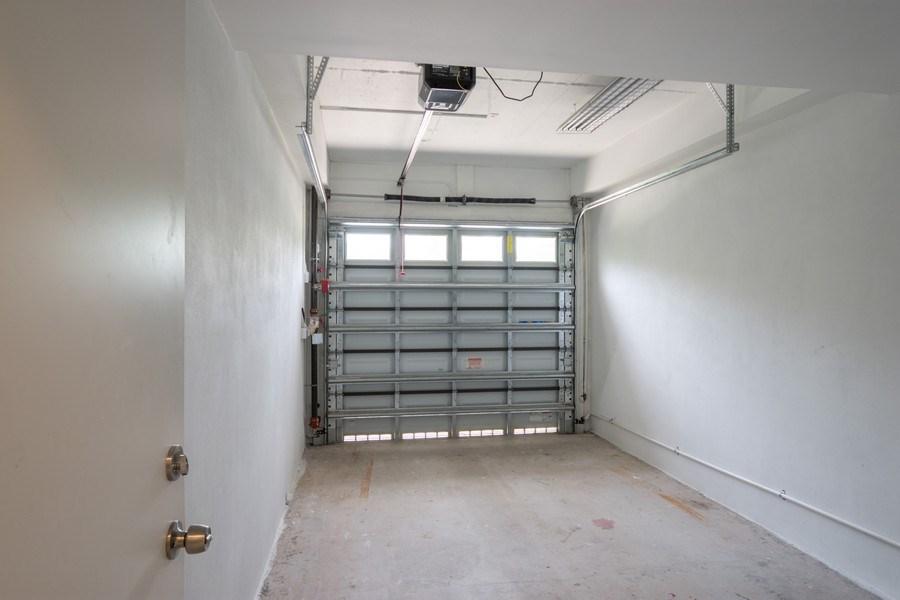 Real Estate Photography - 722 NE 15th Ave #1, Fort Lauderdale, FL, 33304 - Garage