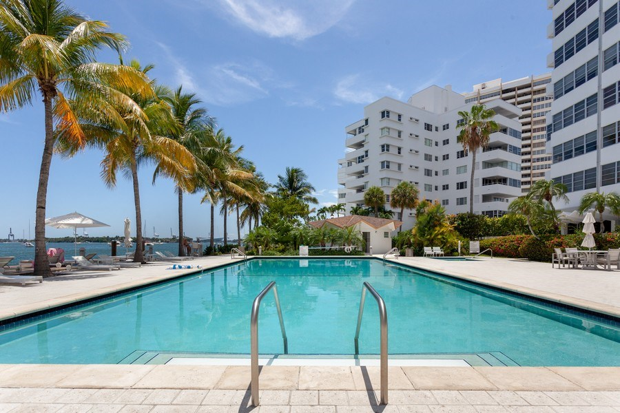 Real Estate Photography - 20 Island Ave, 405, Miami Beach, FL, 33139 - Pool