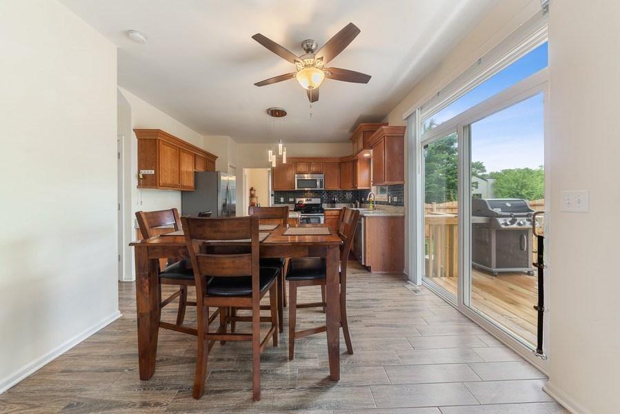 Real Estate Photography - 583 Donna Ave, Aurora, IL, 60505 - Kitchen / Breakfast Room