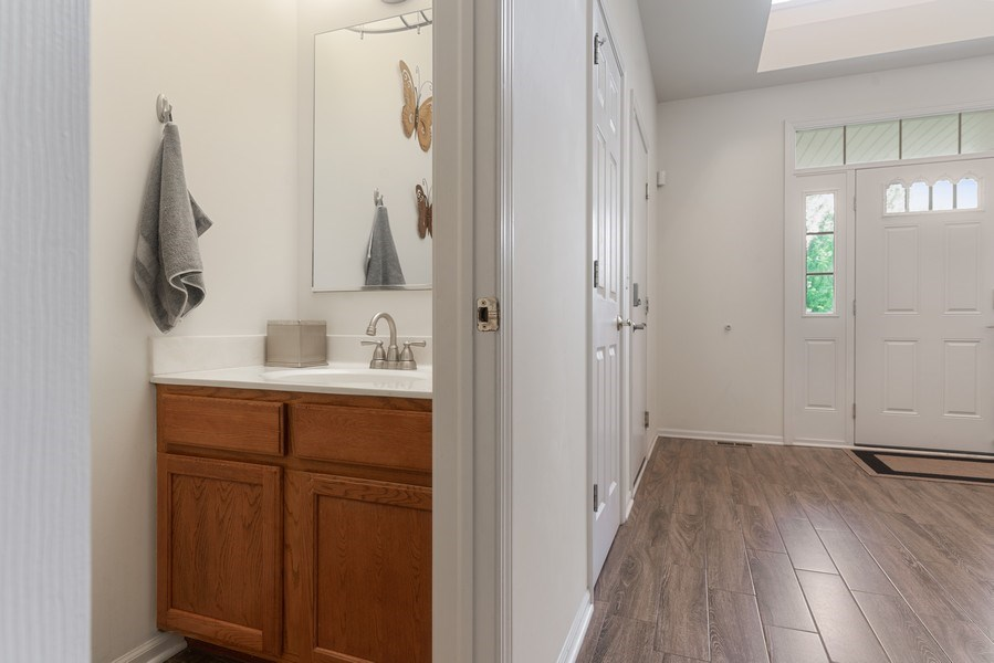 Real Estate Photography - 583 Donna Ave, Aurora, IL, 60505 - Powder Room