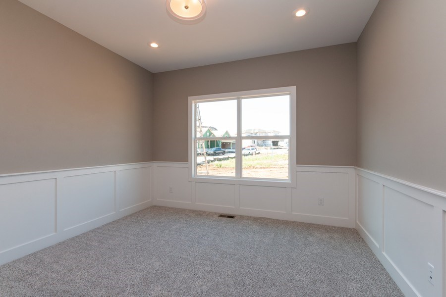 Real Estate Photography - 21601 W 93rd Ter, Lenexa, KS, 66220 - Guest Bedroom