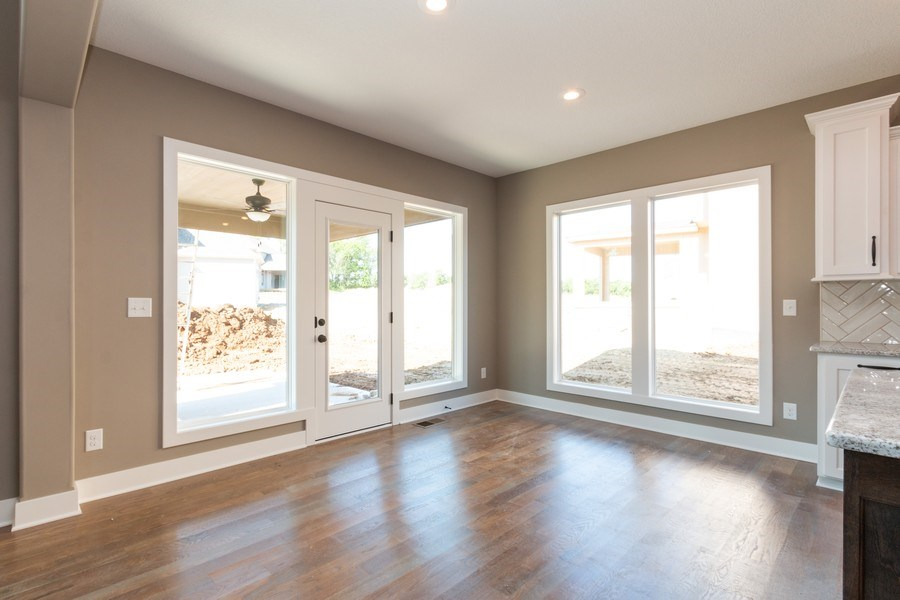 Real Estate Photography - 21601 W 93rd Ter, Lenexa, KS, 66220 - Breakfast Area