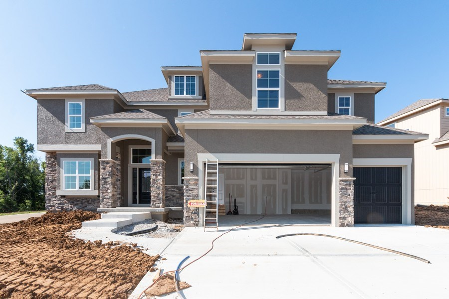 Real Estate Photography - 21601 W 93rd Ter, Lenexa, KS, 66220 - Front View
