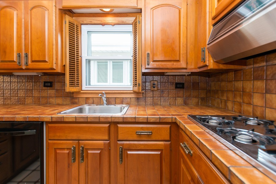 Real Estate Photography - 6154 W 64th Pl, Chicago, IL, 60638 - Kitchen