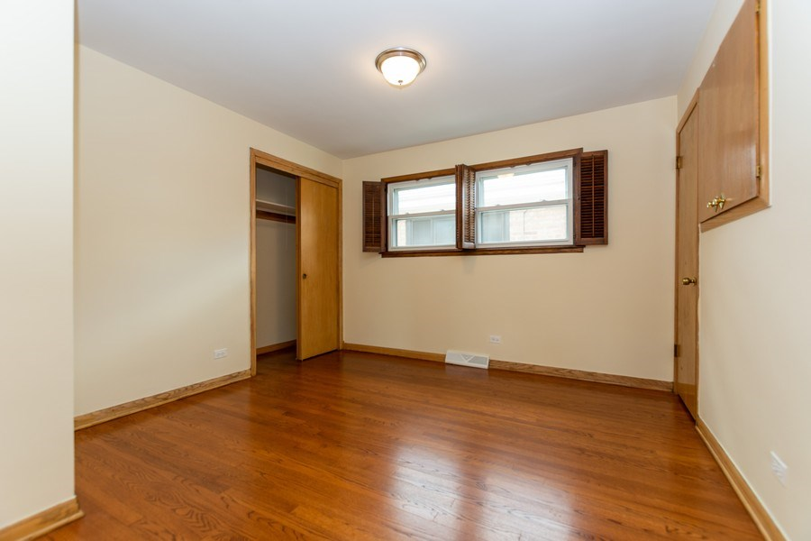 Real Estate Photography - 6154 W 64th Pl, Chicago, IL, 60638 - Bedroom