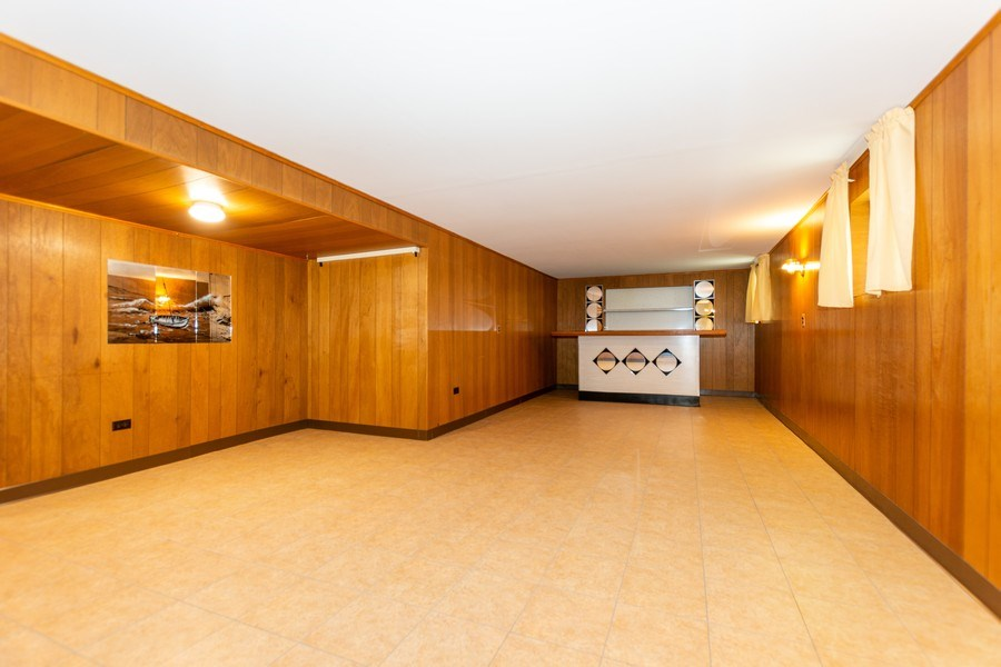 Real Estate Photography - 6154 W 64th Pl, Chicago, IL, 60638 - Family Room