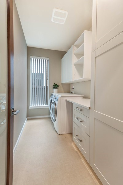 Real Estate Photography - 35516 S 56th Ave, Auburn, WA, 98001 - Laundry Room