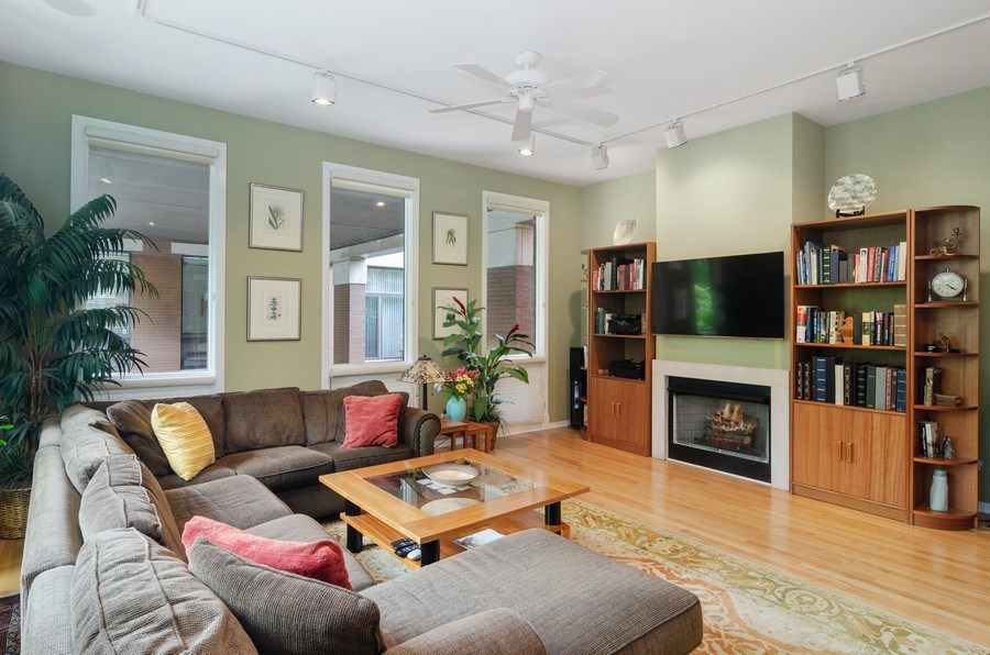 Real Estate Photography - 1443 Cleveland, Chicago, IL, 60610 - Living Room