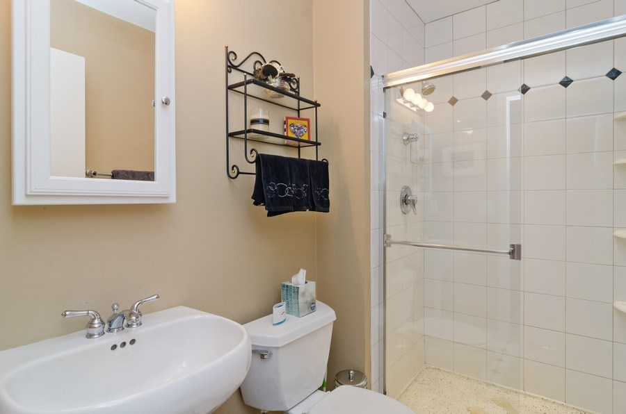 Real Estate Photography - 1443 Cleveland, Chicago, IL, 60610 - 2nd Bathroom