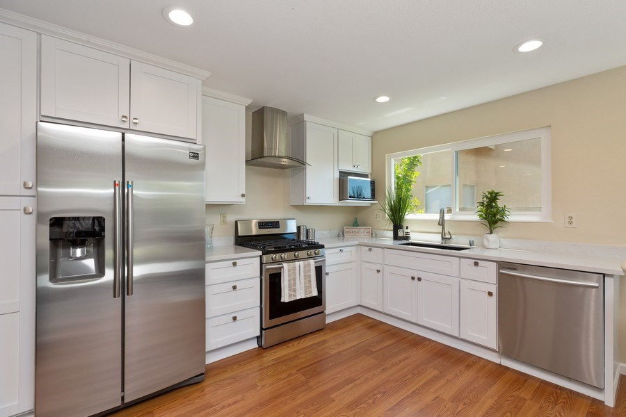 Real Estate Photography - 1105 Nicklaus Ave, Milpitas, CA, 95035 - Kitchen