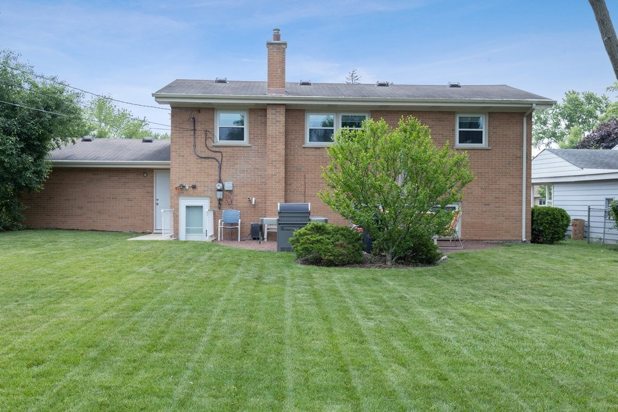 Real Estate Photography - 216 S. Yale Avenue, Arlington Heights, IL, 60005 - Rear View