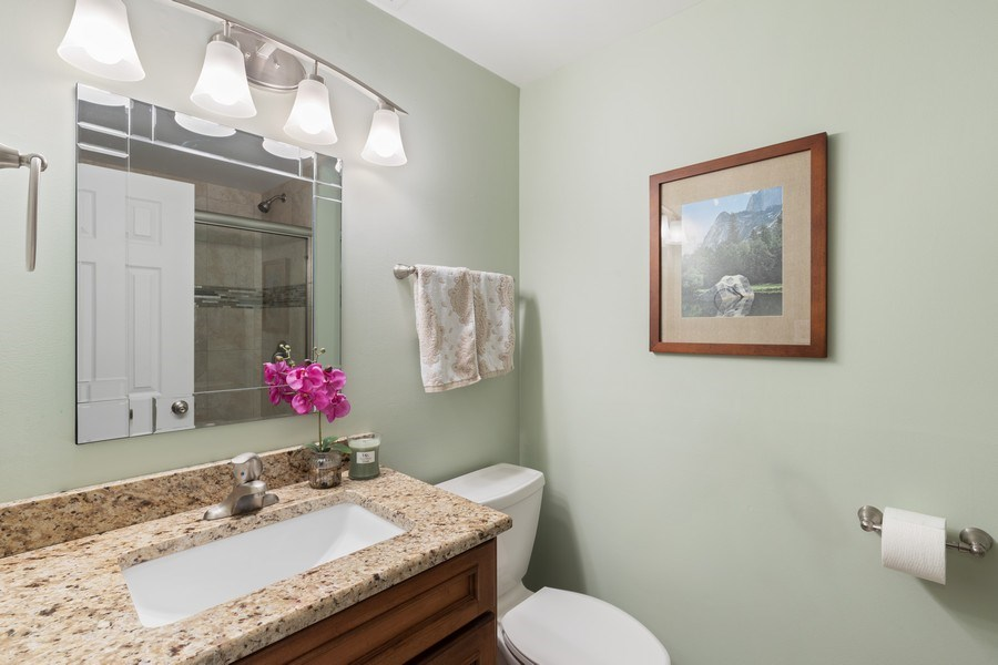 Real Estate Photography - 216 S. Yale Avenue, Arlington Heights, IL, 60005 - 2nd Bathroom