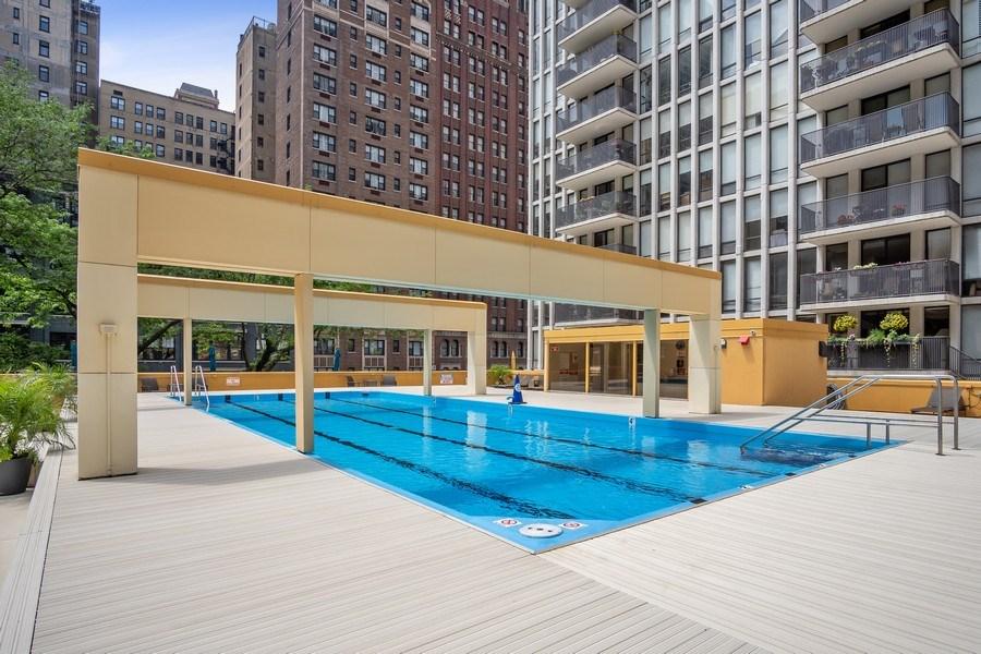 Real Estate Photography - 200 E Delaware, Unit 22D, Chicago, IL, 60611 - Pool