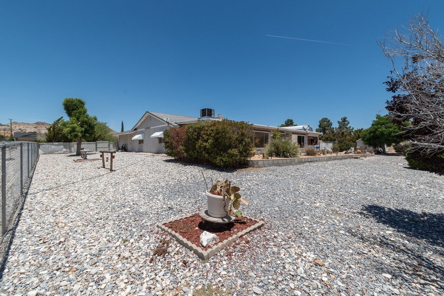 Real Estate Photography - 16401 Nosoni Rd., Apple Valley, CA, 92307 - Back Yard