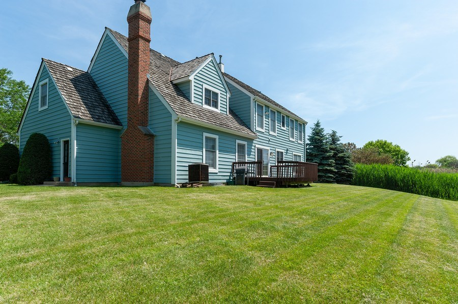 Real Estate Photography - 704 Fieldale Ln, Grayslake, IL, 60030 - Rear View