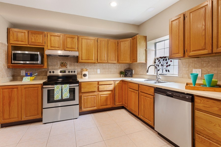 Real Estate Photography - 11154 Park ave, Windermere, FL, 34786 - Kitchen