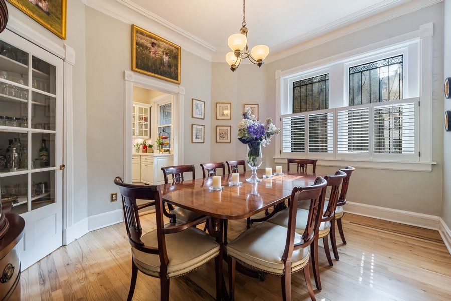 Real Estate Photography - 1730 Wells St, Chicago, IL, 60614 - Dining Room