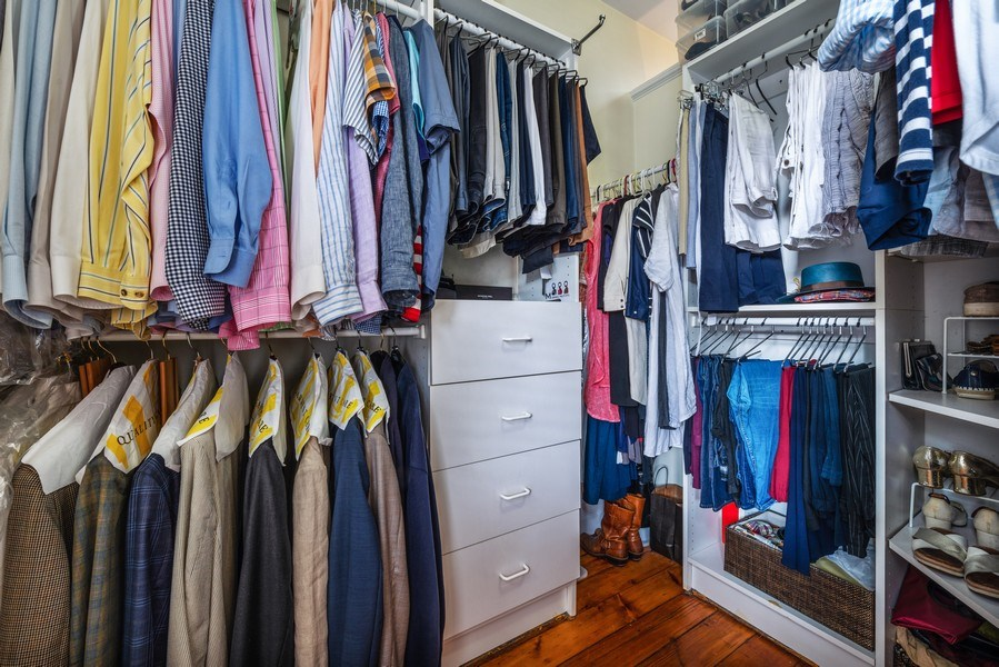 Real Estate Photography - 1730 Wells St, Chicago, IL, 60614 - Master Bedroom Closet