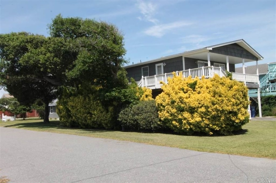 Real Estate Photography - 2214 S Memorial Ave, Lot 8, Nags Head, NC, 27959 - Location 1