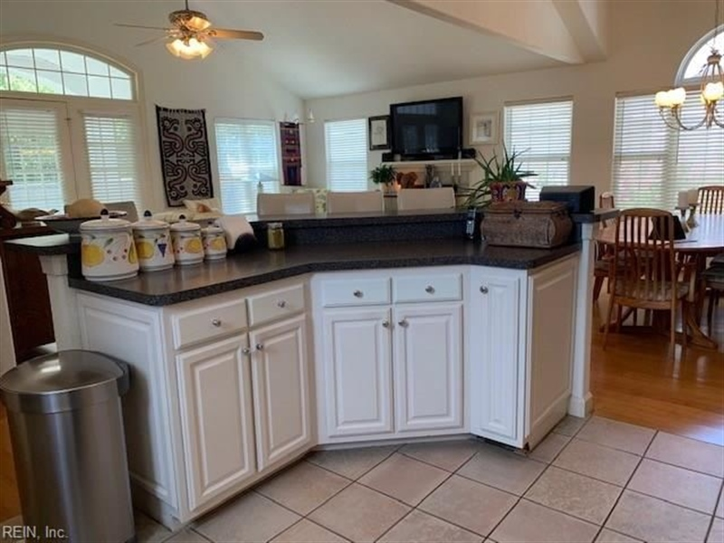 Real Estate Photography - 3779 Jefferson Blvd, Virginia Beach, VA, 23455 - Location 6