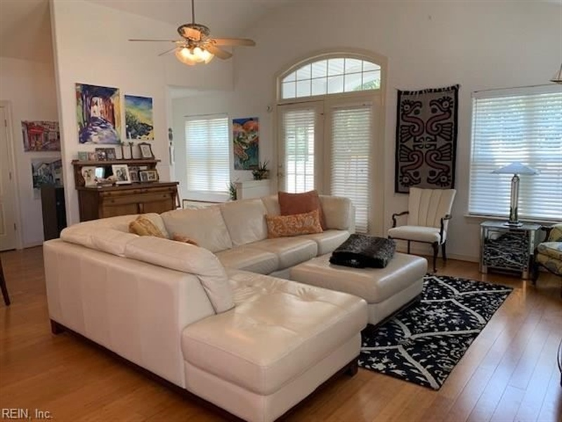 Real Estate Photography - 3779 Jefferson Blvd, Virginia Beach, VA, 23455 - Location 8