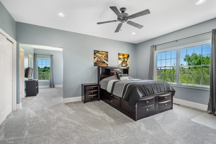 Real Estate Photography - 84 Tournament Dr N, Hawthorn Woods, IL, 60047 - 4th Bedroom