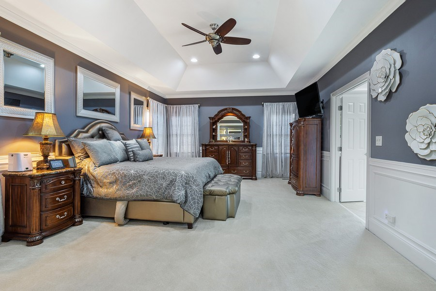 Real Estate Photography - 84 Tournament Dr N, Hawthorn Woods, IL, 60047 - Master Bedroom