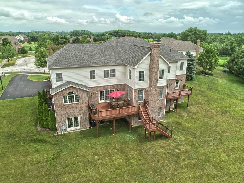 Real Estate Photography - 84 Tournament Dr N, Hawthorn Woods, IL, 60047 - Aerial View