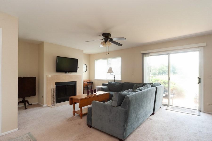 Real Estate Photography - 1602 Warwick, B1, Wheeling, IL, 60090 - Living Room