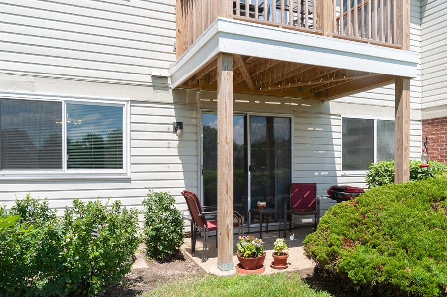 Real Estate Photography - 1602 Warwick, B1, Wheeling, IL, 60090 - Patio