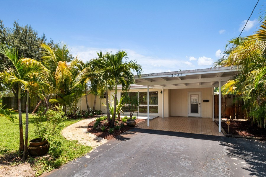 Real Estate Photography - 3762 Riverland Road, Ft. Lauderdale, FL, 33312 - Front View