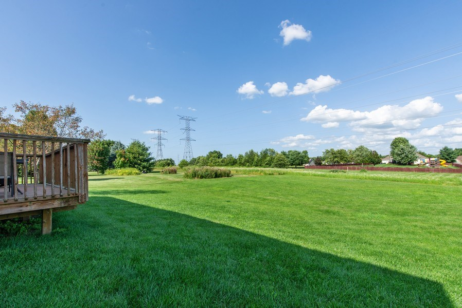Real Estate Photography - 8960 Birdie Bend, Belvidere, IL, 61008 - Back Yard