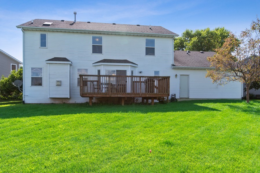 Real Estate Photography - 8960 Birdie Bend, Belvidere, IL, 61008 - Rear View
